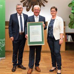 Ehrenbürgerschaft für Kirchhams ehemaligen Bürgermeister Hans Kronberger!